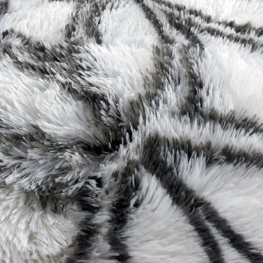 Velvet-Area-Rug-Soft-Fluffy-Carpets-for-Living-Room-Bedroom-Shaggy-Floor-Mat thumbnail 18